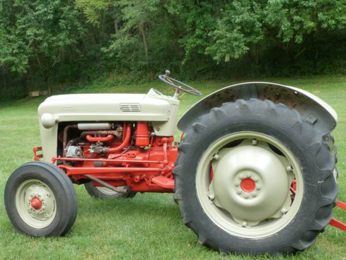 Ford Tractor 800 Series Specifications : Ford tractor manual pictures to pin on pinterest